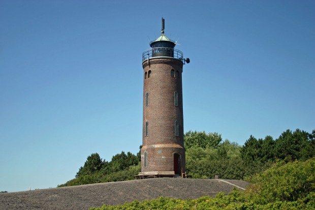 Der Leuchtturm von St. Peter-Böhl ist ein beliebtes Ausflugsziel. - © Hans-Peter Dehn / pixelio.de (rkn)