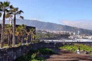 Playa Jardin mit Blick auf den Teide  Foto: - Dumman/pixelio.de CCO (rkn)