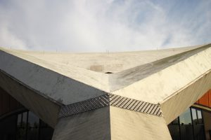 Das Dach der Auster - Foto: Ole Klemm / Pixelio.de (rkn)