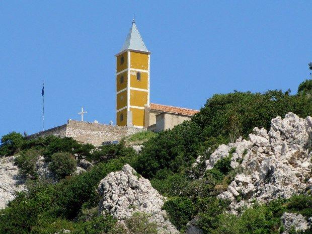 Kirche Sv. Istvan in Baška - Foto: Pixelio.de - Rolf Handke (rkn)