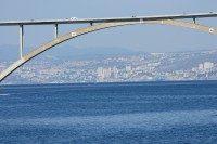 Die Krk- Brücke: Vom Festland auf die Insel  und zurück
