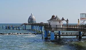 Selliner Seebrücke / © Erich Westendarp pixelio.de
