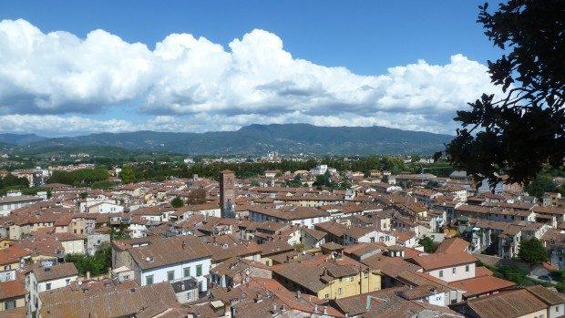 Gassengewirr in Lucca (© InterDomizil GmbH)