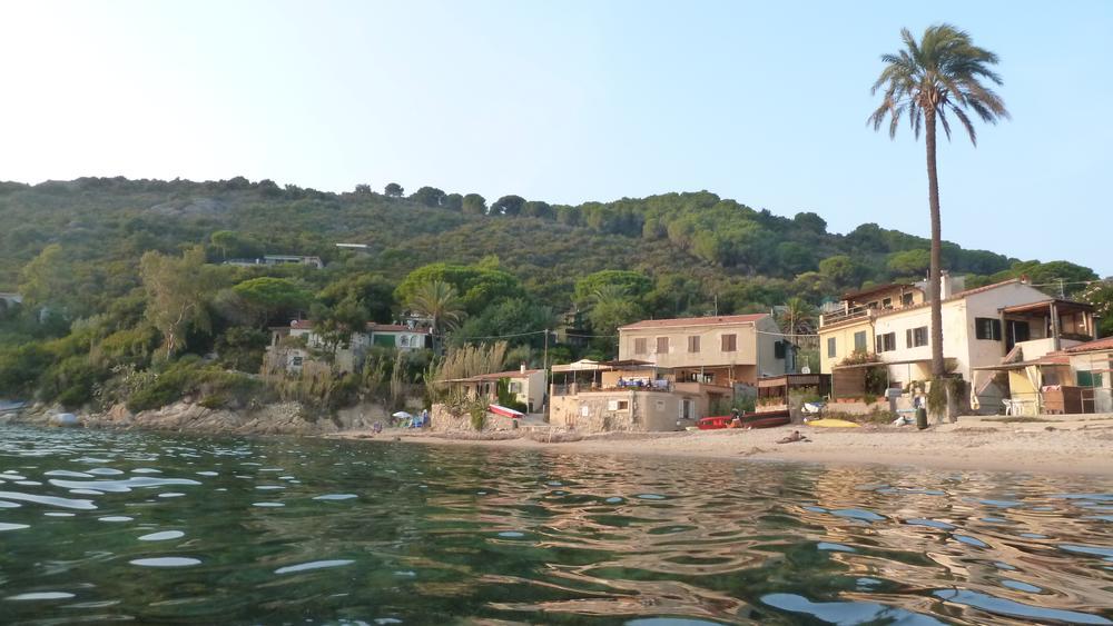 Traumhafte Bucht von Forno auf Elba (© InterDomizil GmbH)