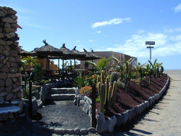 Kleines Restaurant oberhalb von Playa Papagayo / Copyright © Marion Hagedorn/Interdomizil