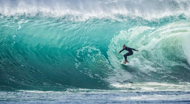 Chance auf die perfekte Welle gibt es auf Fuerteventura allemal - Foto: Julie Macey (Creative Commons Zero)