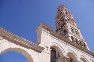 Turm des Diokletianpalastes - Foto: jelep / pixelio.de