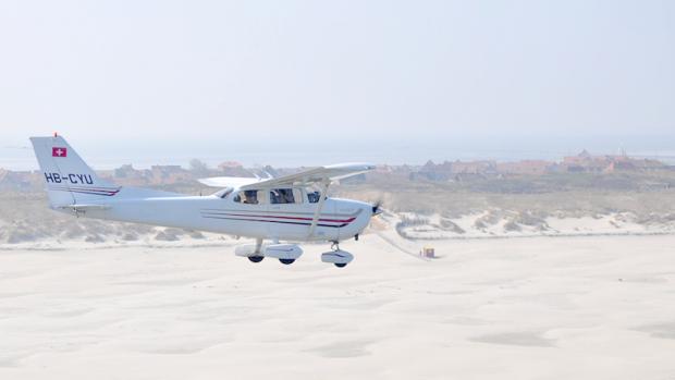 Warum nicht auch mal auf die Insel fliegen ? - Foto: Pixabay (Creative Commons CC0)