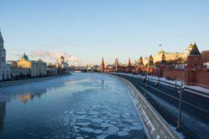 Kreml und Moskau im Winter
