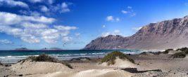 Famara-Strand auf Lanzarote // Bild: Pixabay (CC0)
