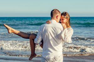 Heiraten in Warnemünde –  Traumhochzeit zu Land, Wasser und in der Luft