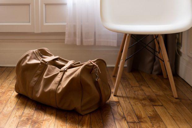 Eine kleine Tasche ist schnell gepackt // Bild: Pixabay (CC0)