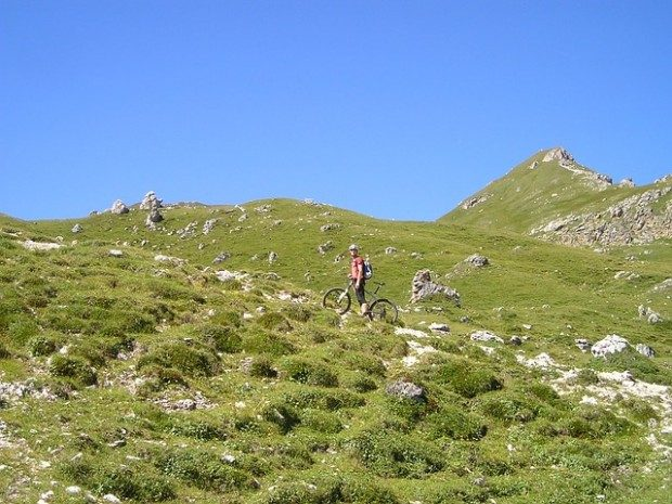 Sportlich mit dem Mountain Bike / Pixabay (CC0 Public Domain)