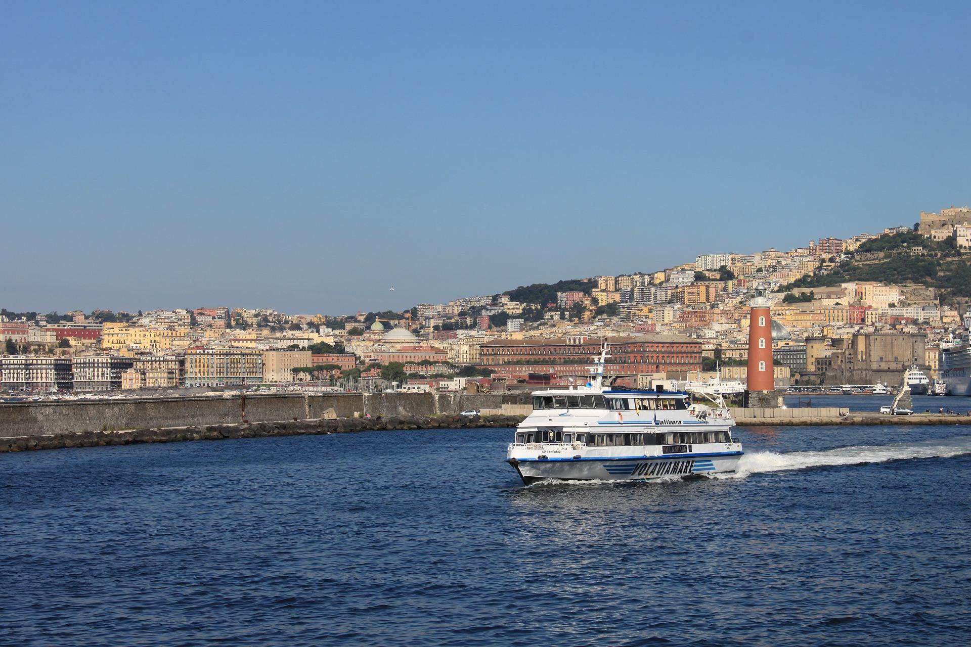 Neapel Hafen
