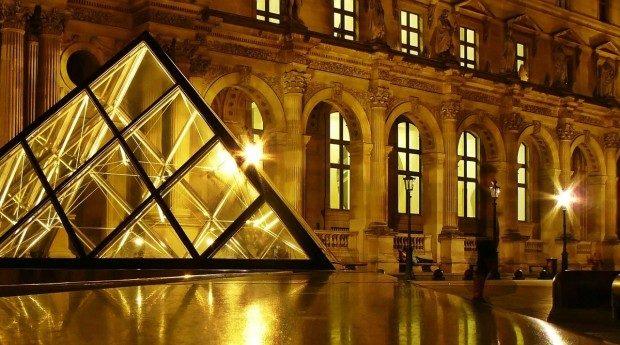 Der Louvre - hier ist auch Da Vincis Mona Lisa zu bestaunen - Foto: Pixabay, CC0