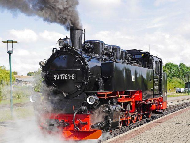 Rügens Schmalspurbahn: Der Rasende Roland // Bild: Pixabay (CC0)