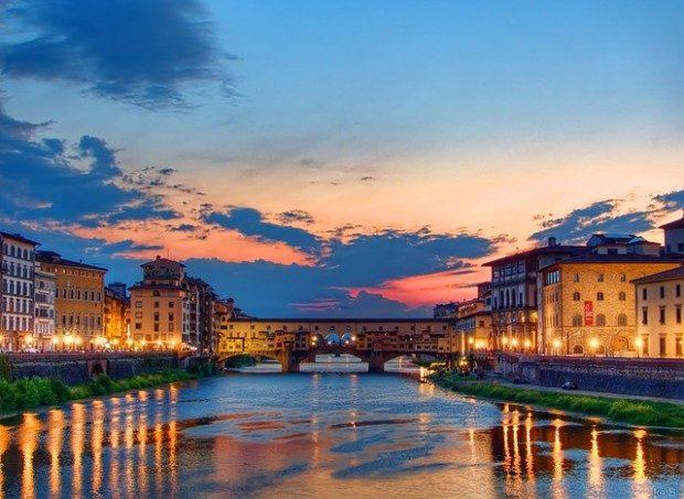 Ponte Veccio über dem Arno bei Sonnenuntergang - Foto: Pixabay, CC0