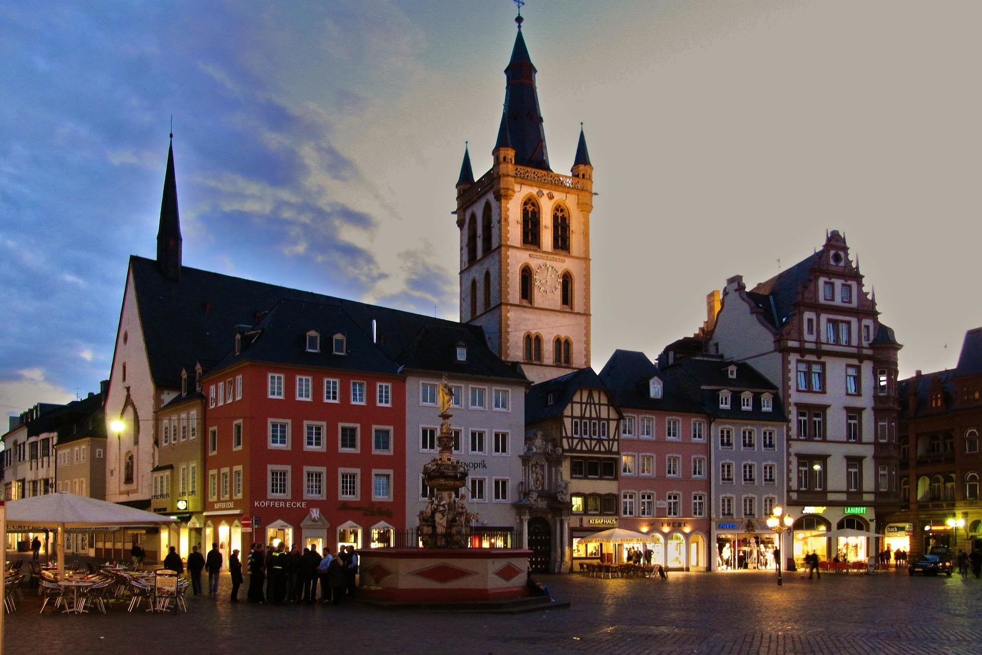 Kirchplatz Trier