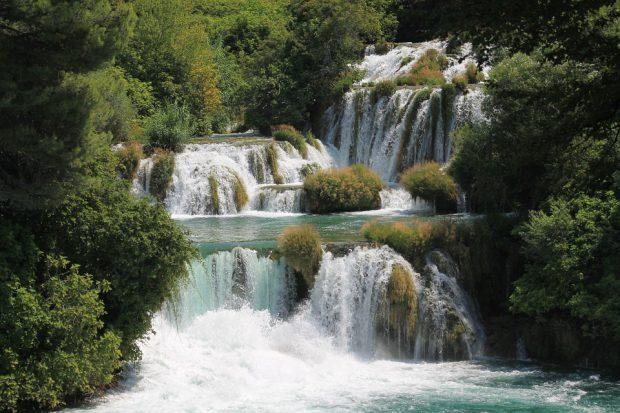 beeindruckende Wasserfälle, nicht nur als Filmkulisse ein Muss - Foto: Pixabay, CC0