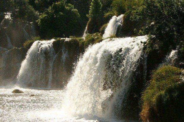 Wasserfall bei Krk / Pixabay (CC0 Public Domain)