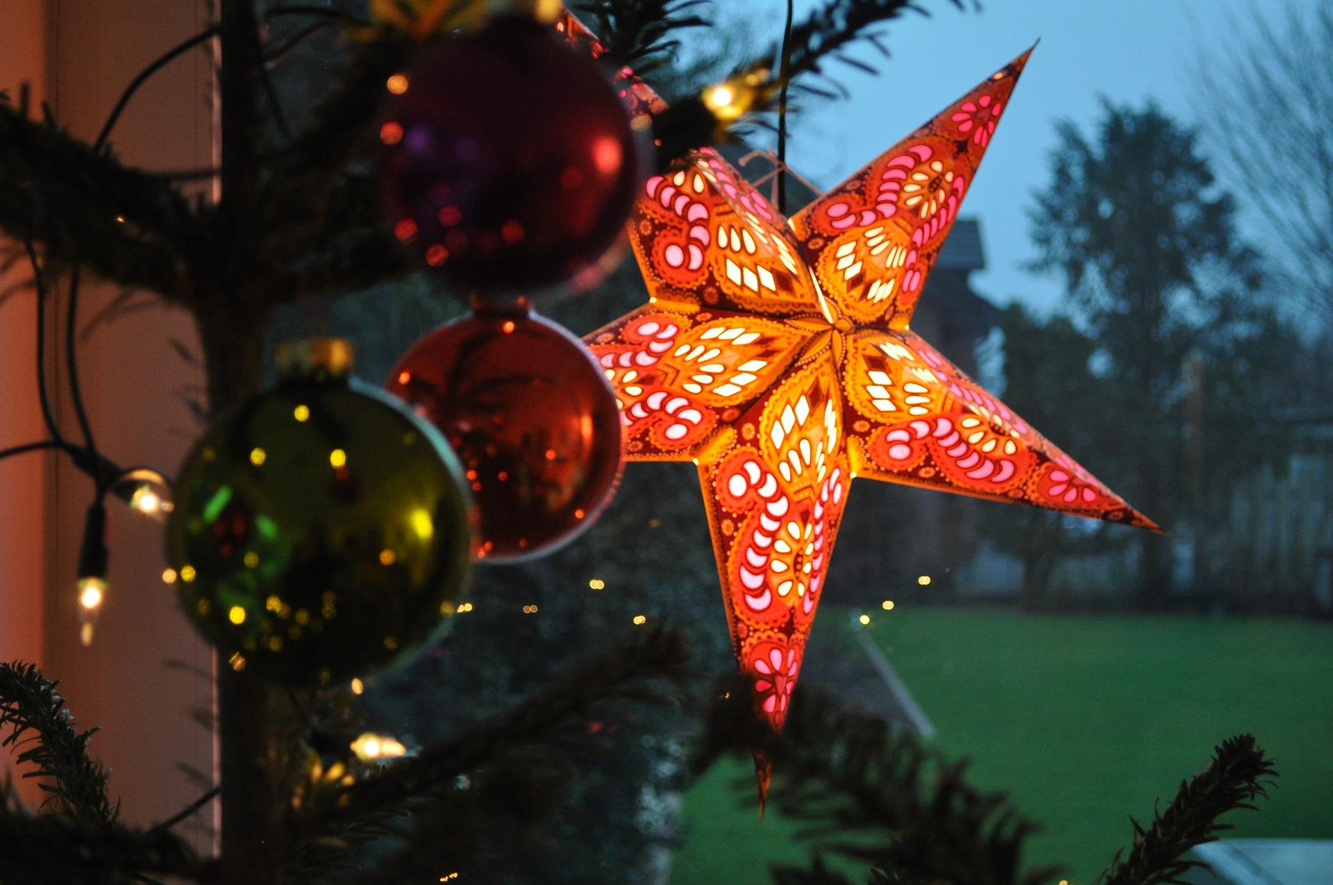 Gebastelte Weihnachtsdeko.Mit Diesen Ferienhaus Dekorationsideen Eine Weihnachtliche