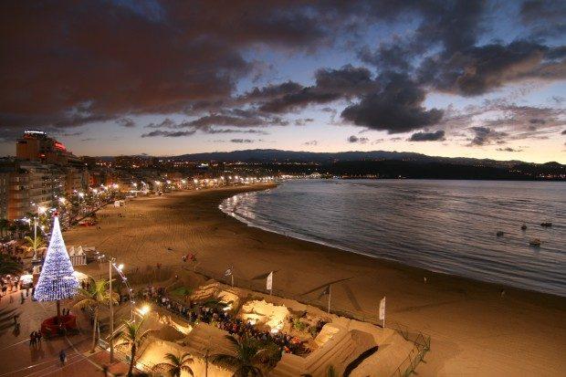 Blick auf den Strand am Abend zur Weihnachtszeit / Copyright © Marion Hagedorn/Interdomizil